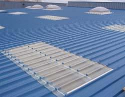 Tole translucide bac acier rev tements modernes du toit - Bac acier transparent ...